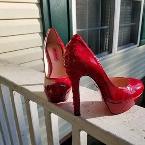 NWOT Betsy Johnson Red Pumps size 6.5